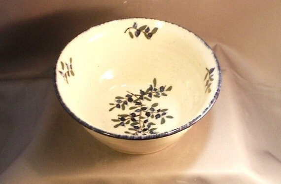 Stoneware Pottery Blueberry  Bowl 12BBBOWL10