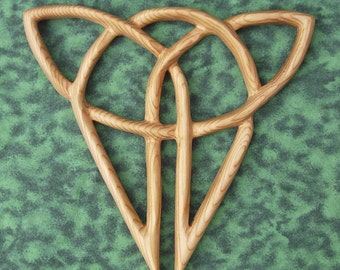 Cat Knot-Independence-Celtic Wood Carved Feline-Triquetra variation