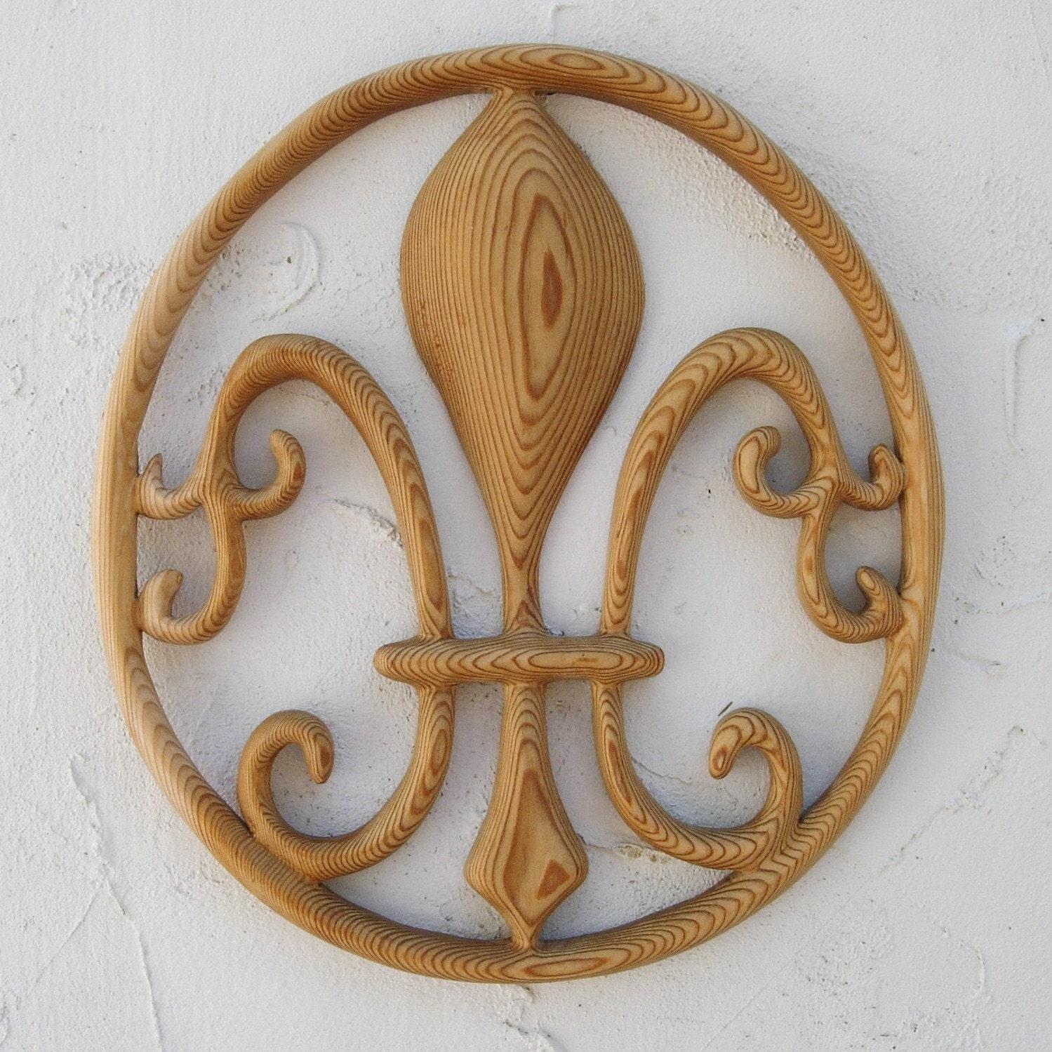fleurdelis symbol of kings greek goddess hera virgin mary