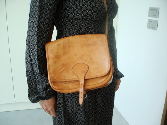 V I N T A G E purse leather camel soft