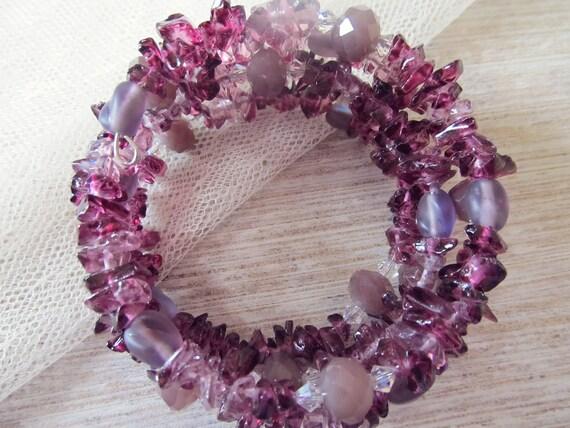 Beaded memory wire bracelet in purple Piezo glass, matte velvet beads, metallic iris beads, Swarovski crystals