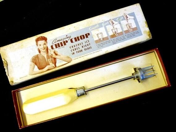 1940's ICE CRUSHER -  Amazing Chip Chop Retro Barware  - Copyright 1946  - In Original Gift Box - Never Used