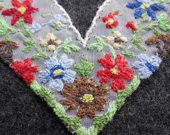 2 Sets of 4 Vintage Embroidered Floral Applique Trim