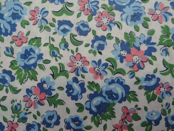 3 YARDS Vintage Blue Roses Pink Floral Fabric 36w