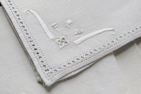 Set of 6 Antique Vintage Italian Embroidered Linen Napkins Luncheon