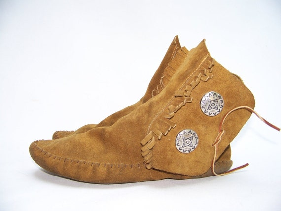 taos brown suede leather indian mocassin ankle boots m 7 5
