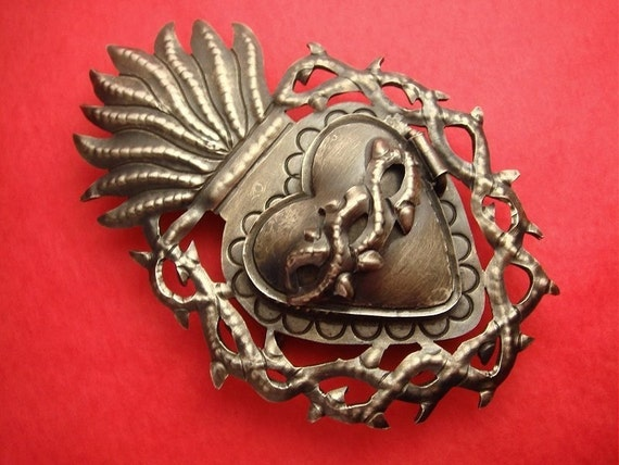 Antiqued Mexican Sarcred Heart Icon Silver Locket Pendant with Thorns