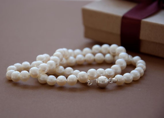 Reserved for annielish - 1 necklace and 1 pair of studs - Handknotted real pearls -  almost ivory - 7-7.5mm pearls - sterling silver ball clasp - genuine off white pearl - classic and romantic - graduation - custom made gift - handmade wedding jewelry