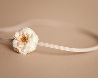 Cream Flower Headband. Vanilla. Tiny Rose.  Rosette. Thin Elastic. Newborn Headband. Baby Headband. Ivory flower. Photography Prop. Petite.