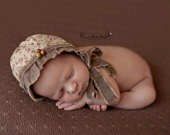 Newborn Bonnet. Infant Bonnet. Vintage Style Bonnet. Country Style. Floral. Fabric Bonnet. Photo Prop. Baby Girl . THOMASINA.Tolola Design.