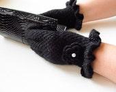 gloves // crochet gloves / black gloves