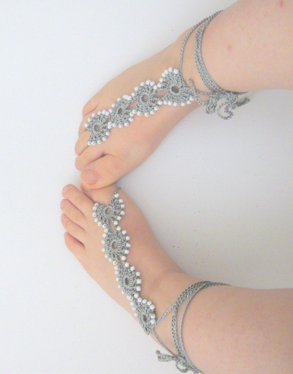 Grey sandals / lace sandals / bridesmaid sandal / barefoot sandal / wedding barefoot sandal / yoga barefoot sandal // barefoot thongs