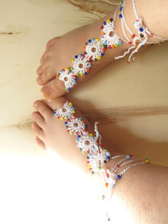 WHITE sandals // lace barefoot sandal / barefoot sandal / wedding barefoot sandal // yoga barefoot sandal // barefoot thongs