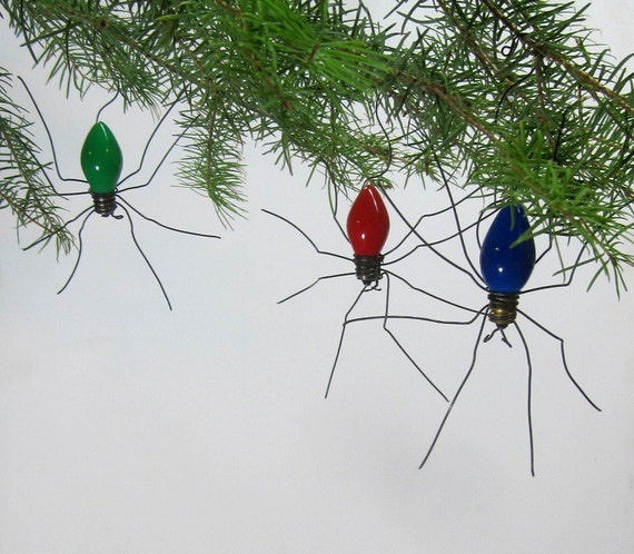 small lucky christmas spider christmas tree ornaments set of 3. Black Bedroom Furniture Sets. Home Design Ideas