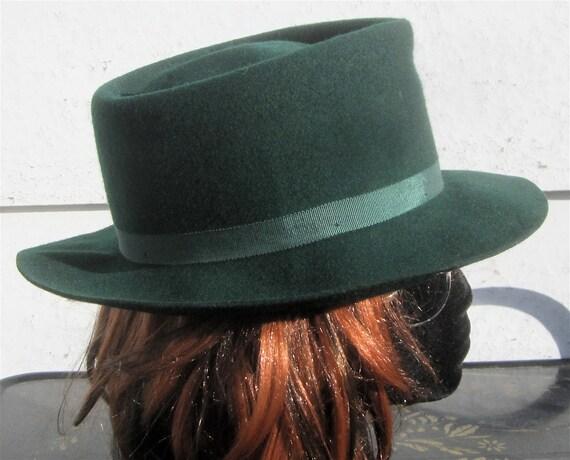 "Vintage Green Wool Felt Fedora Hat ""The Crusher"" size 7"