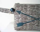 Arrows Screenprint Gray Cotton Zipper Clutch Wristlet Purse