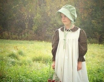 Girls Pioneer Dress with Bonnet and Pinafore size 2-12