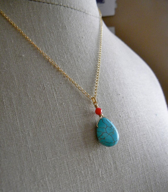 Turquoise and Coral Necklace. Gold.