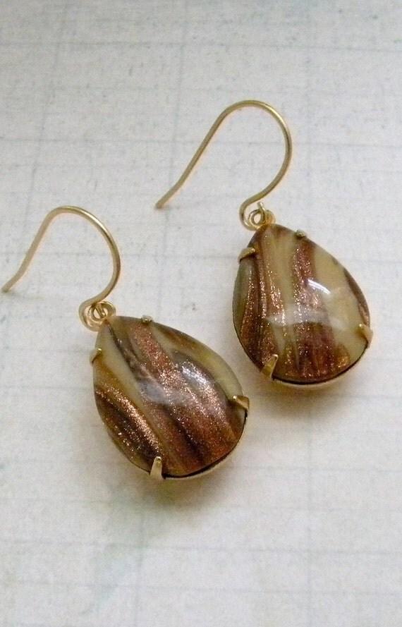 Vintage Goldstone Glass Earrings.  Gold.  Toffee.