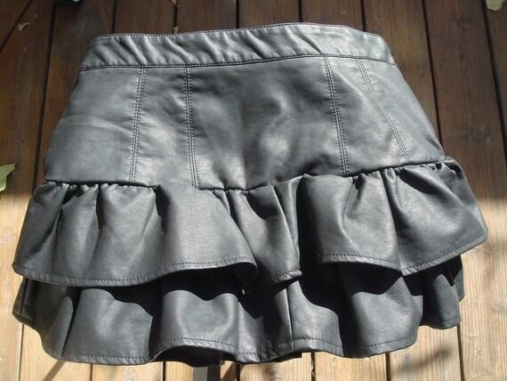 Vtg 80s Skirt LEATHER tiered ruffles rocker mini skirt