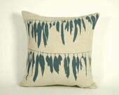 Pillow, Linen (kelp)