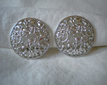 Vintage Collectible Sarah Coventry Silver Floral Vine Earrings