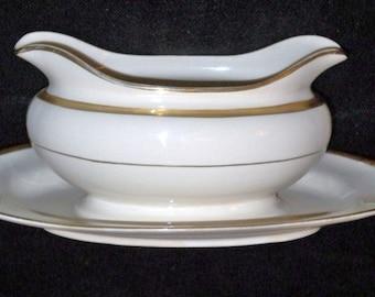 Vintage Homer Laughlin Eggshell Nautilus Gravy Boat