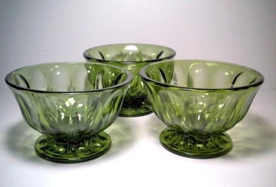 Vintage Avocado Green Glass Planter Vase Bowl Centerpiece Set of 3