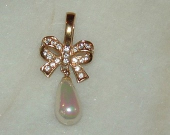 ROMAN Pearl and Bow Rhinestone Pendant , Wedding, prom costume jewelry