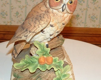 Music Box Brown Owl sitting on Log ''Beautiful Dreamer''