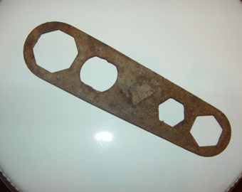 Rusty Old Wrench Tool, Mechanical , Steampunk, Rustic, Supplies