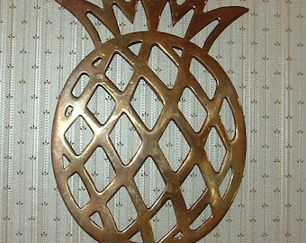 Brass Pineapple Trivet Pot Holder with brass ring for hanging