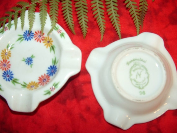 Waldershof Bavaria Porcelain ashtrays or trinket holders