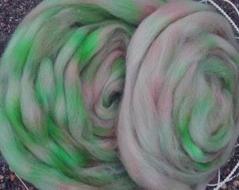 Kiwi Rose Longwool Top Superwash Spinners and Felters