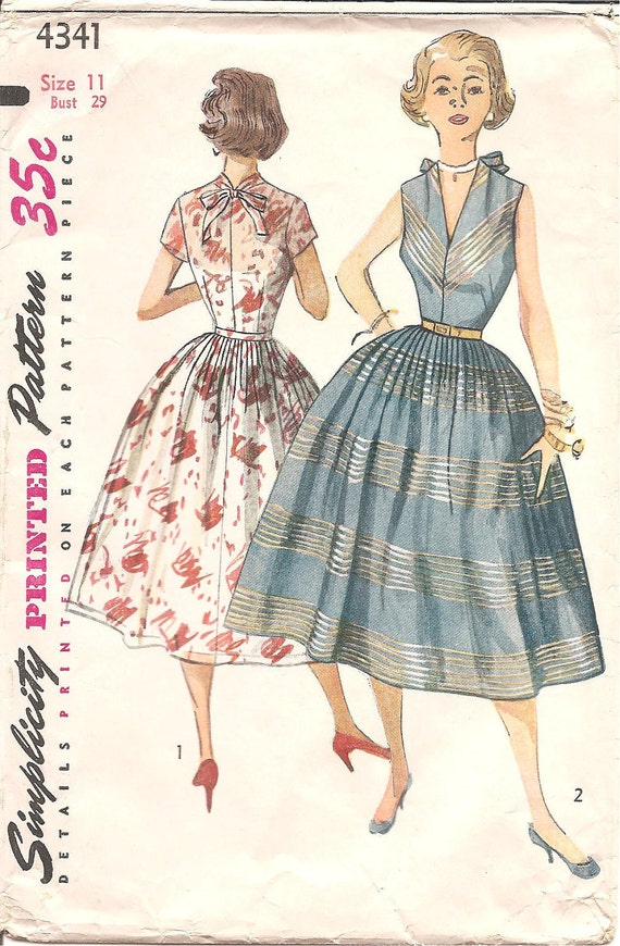 1950s Day Dress with Full Skirt - Vintage Sewing Pattern Simplicity 4341 - Size 11 Bust 29