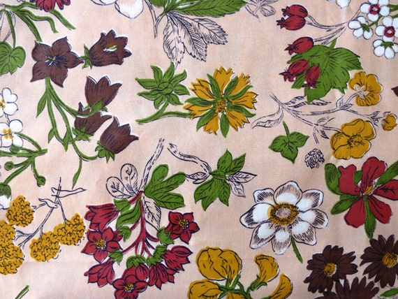 "1940s 1950s Vintage Fabric Cotton with Shiny Finish - Flowers on Pink - 3 1/8 yds x 35"" wide"