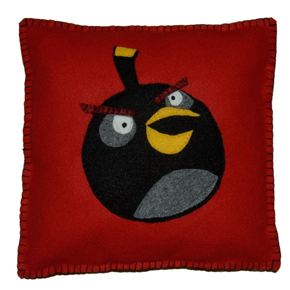 Angry Birds Pillow - Black Bomb bird on red felt. Gift for boy or girl, birthday or just because.