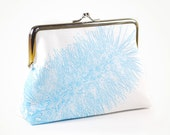 Linen purse with Bottle Brush in blue