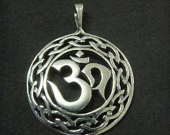 ORNATE sterling silver CELTIC om ohm aum yoga  pendent