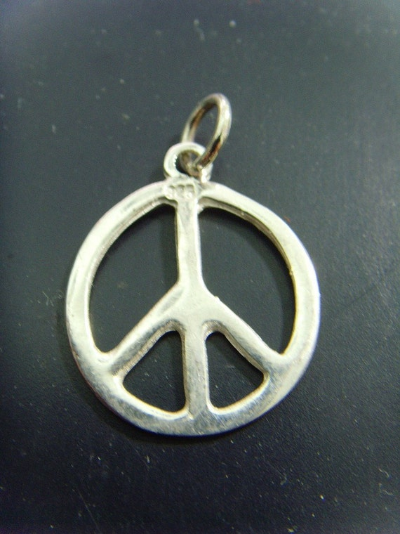 Peace 1969  Music Festival Necklace '69 Woodstock