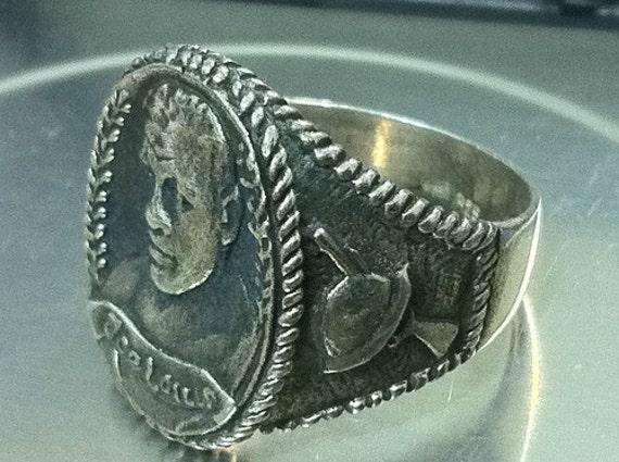 vintage JOE LOUIS boxing 1940's sterling silver Ring