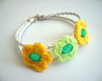 SALE % 25 off Crochet Flower Bracelet, White Leather Strapped Cuff
