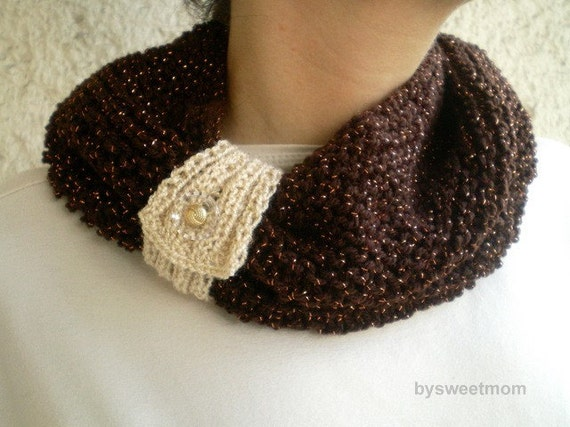 Chocolate Brown Collar with Removable Knitted Cream Strap