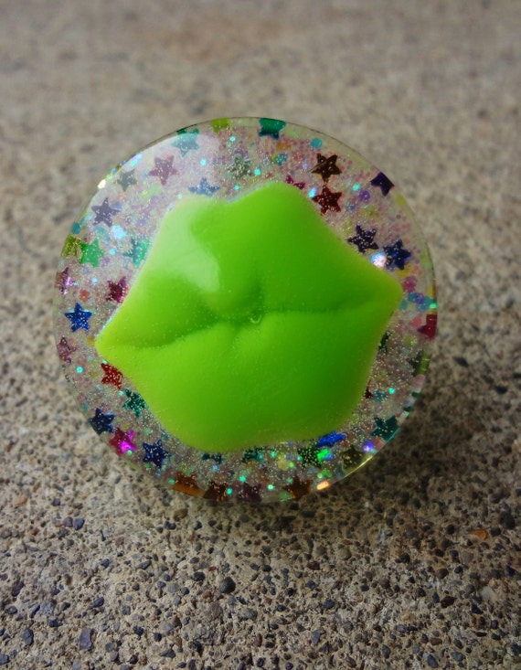 Lisa Frank Luscious Lip Ring--Lime Green