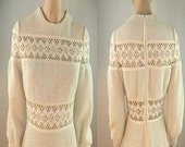 Vintage 60s 70s Womens Knit Crochet Off White Aline Dress Wedding Size XS/S Cut Out