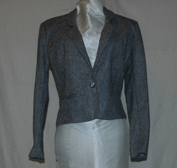 Dark Gray 100 Percent Virgin Wool Jacket. Single button down, two front pockets with classic shoulder detail. Designers Den vintage overstock, never worn. Size 11/12. FREE DOMESTIC SHIPPING.