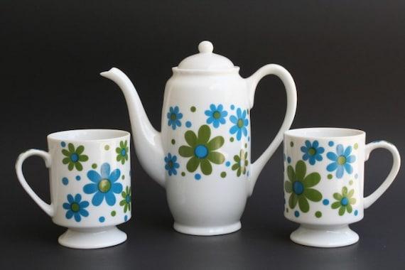 Vintage Blue and Green Daisy Tea Set
