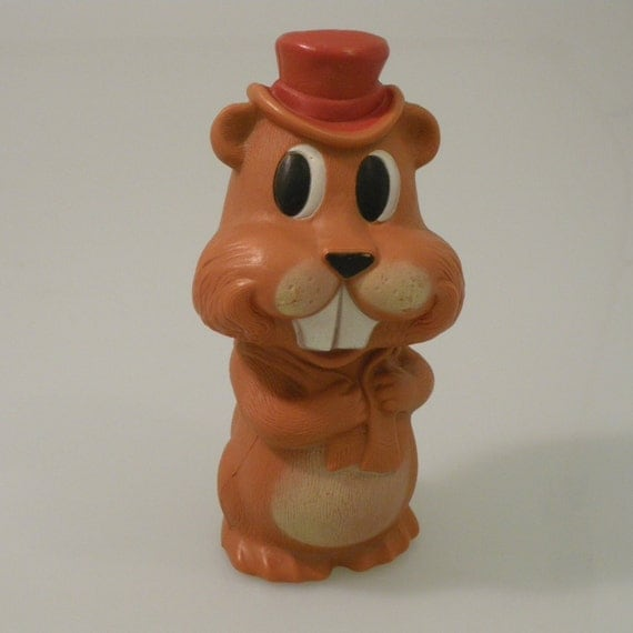 Vi n t a g e Canadian Beaver Piggy Coin Bank Reliable Toy Company Canada