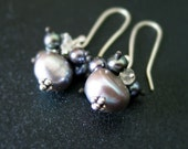 Tempete - AAA Gray Pearl and Rock Crystal Earrings