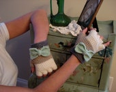The Elise Glove